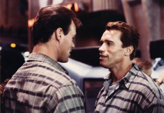 Peter-Kent-with-Arnold_Total-Recall-325x224