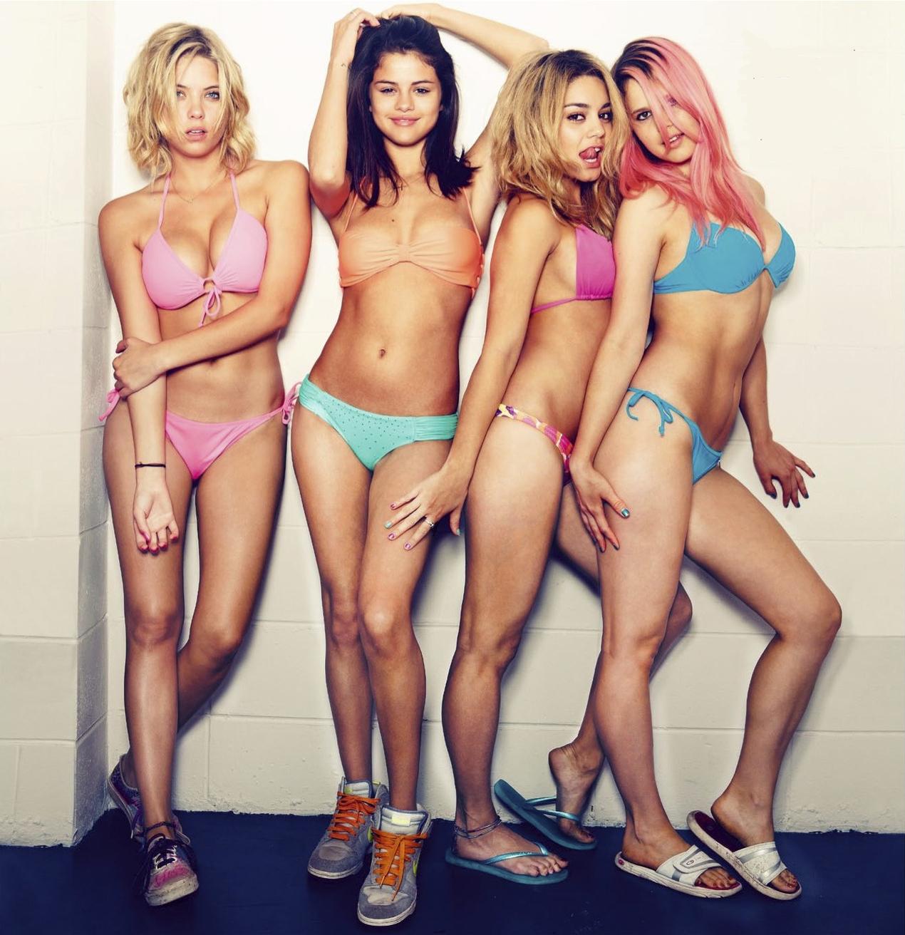 Vanessa Hudgens, Ashley Benson, Rachel Korine, Selena Gómez