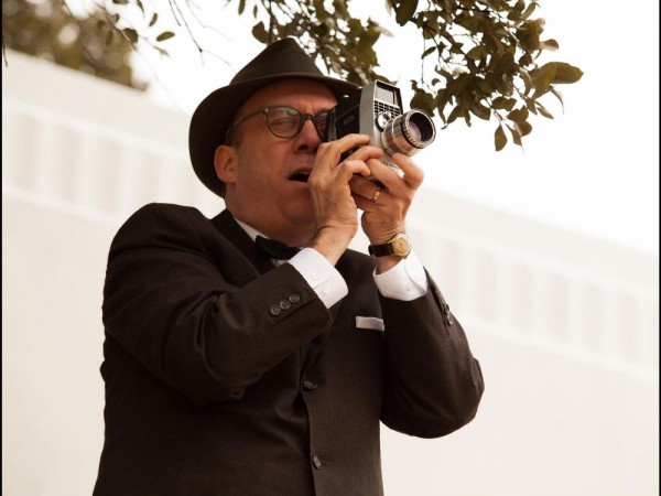 Paul Giamatti as Abraham Zapruder