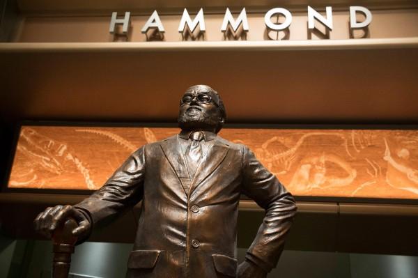 hammond_statue_jw