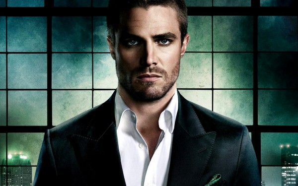 Stephen-Amell-stephen-amell-35030129-1920-1200