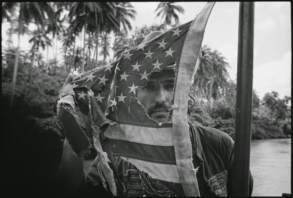 apocalypse now flag dennis hopper