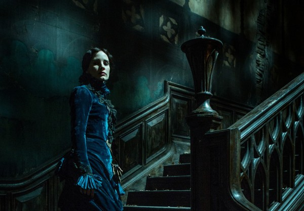 crimson peak jessica chastain stairs